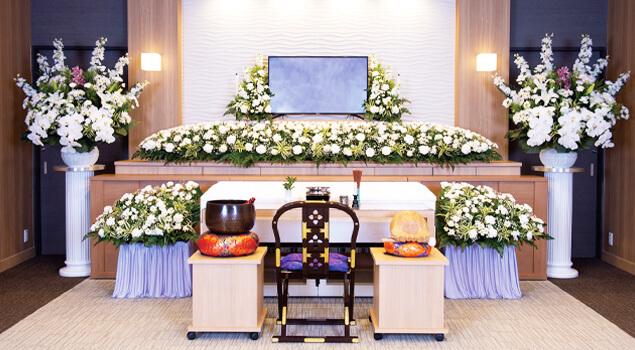 家族葬のらくおう・セレモニーハウス家族葬150プラン祭壇