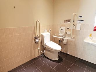 セレモニーハウス枚方バリアフリー対応トイレ