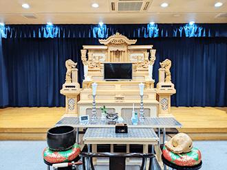 城陽会館祭壇