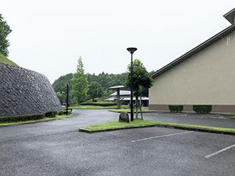 甲賀斎苑駐車場