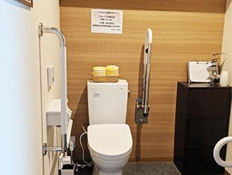 草津東ホールトイレ