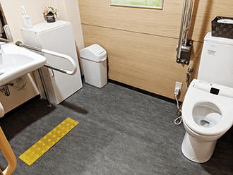 山科御陵ホールトイレ