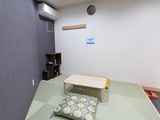 家族葬のセレモニーハウス沢良宜 寺院控え室