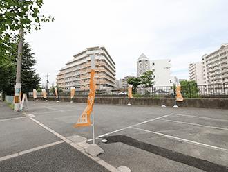 家族葬のセレモニーハウス豊中夕日丘 駐車場